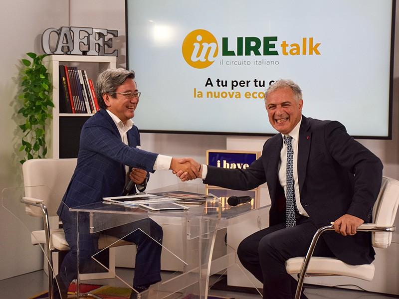 Stretta di mano tra Romi Fuke e Piero Muscari per i nuovi progetti inlire.tv e inlire talk